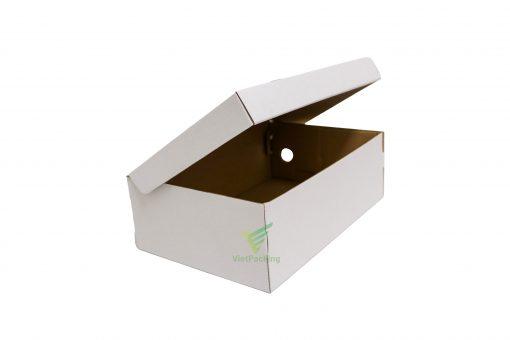 hop carton dung giay 30 20 10 03 scaled Hộp carton đựng giày 30x20x10cm