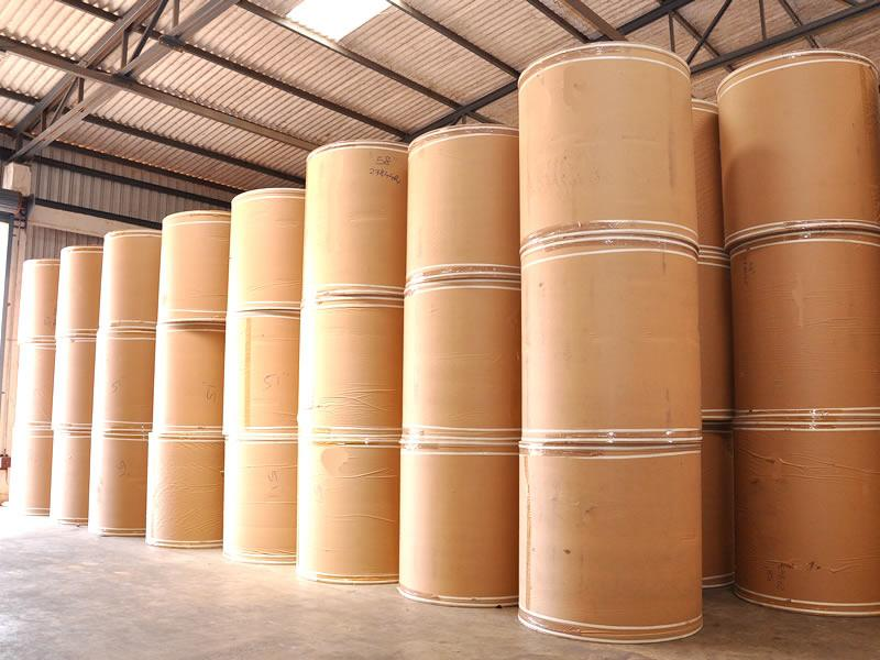 co so cung cap giay kraft cuon gia tot tai tphcm 2 Cơ sở cung cấp giấy kraft cuộn giá tốt tại TpHCM