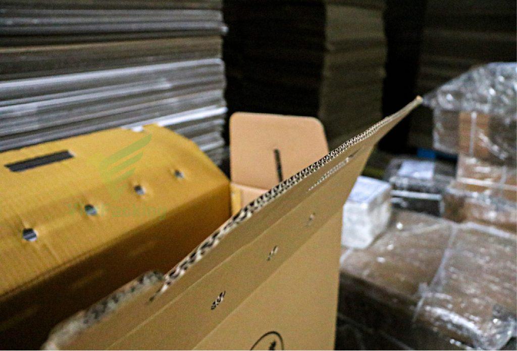 thung carton dung ga 60 24 38 04 Thùng carton đựng gà 60x24x38cm