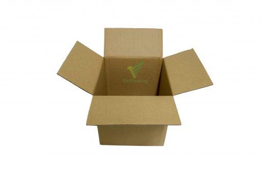 hop carton 18 18 18 10 scaled Hộp carton 18x18x18cm