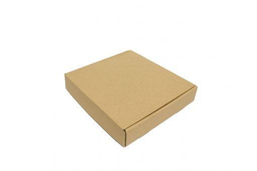 hop carton dung dau 22x20x4 06 1 scaled Hộp carton 22x20x4cm